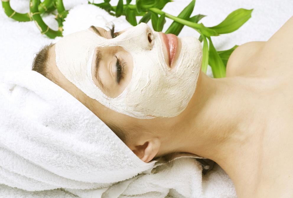spa-facial-clay-mask